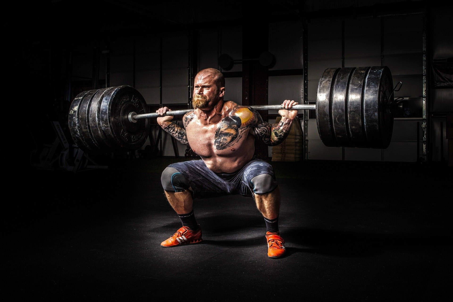 strength squatting working out